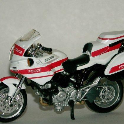 2005 Ducati Multistrada 1000DS Police (Maisto)