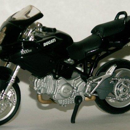 2005 Ducati Multistrada 1000DS (Maisto)