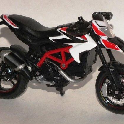 2013 Ducati Hypermotard SP (Maisto)