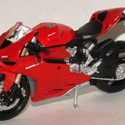 2012 Ducati 1199 Panigale (Maisto)