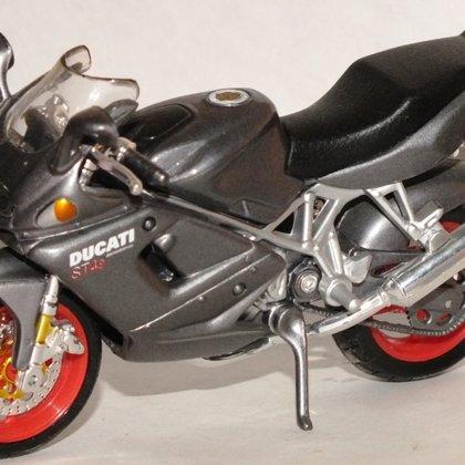 1999 Ducati ST4s (Maisto)