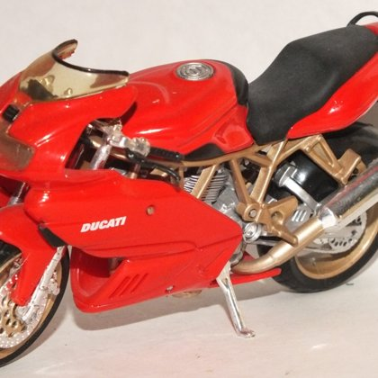 1999 Ducati SuperSport 900 (Maisto)