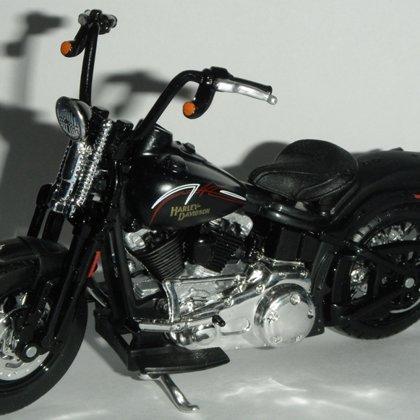2008 Harley-Davidson FLSTSB Cross Bones