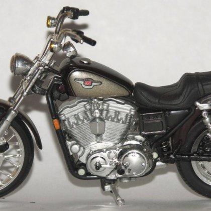 1997 Harley-Davidson XL 1200C Sportster 1200 Custom