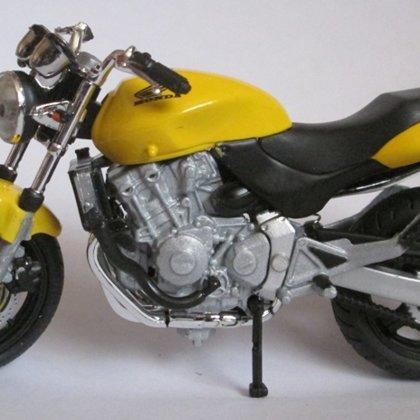 1998 Honda CB 600 F Hornet (Solido)