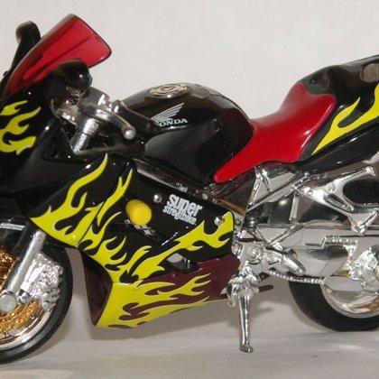 2002 Honda VFR800 Tuning kit (Maisto)