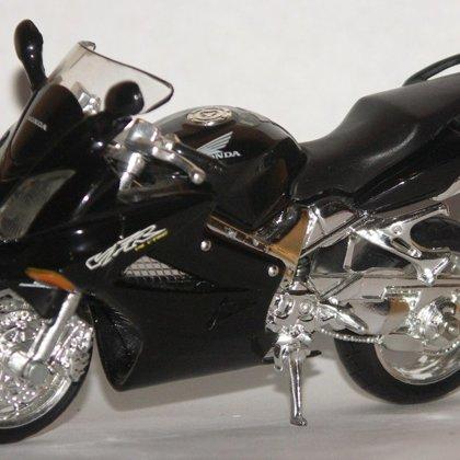 2002 Honda VFR800 (Maisto)