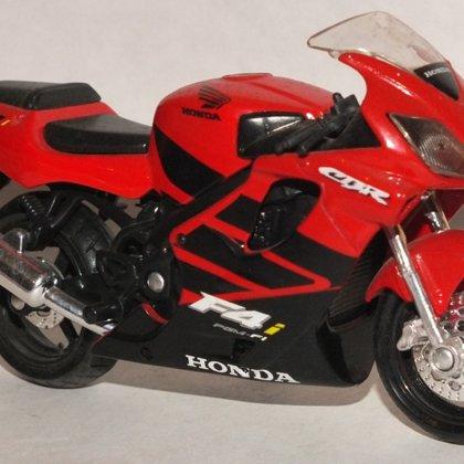 2001 Honda CBR600 F4i (Maisto)