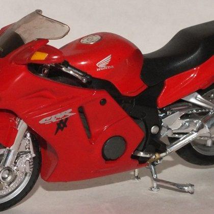 1997 Honda CBR 1000 XX Super BlackBird (Maisto)