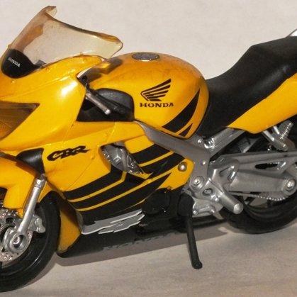 1999 Honda CBR600 F4 (Maisto)