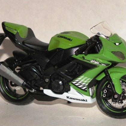 2010 Kawasaki Ninja ZX-10R (Maisto)