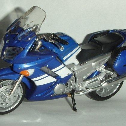 2006 Yamaha FJR 1300 (Maisto)